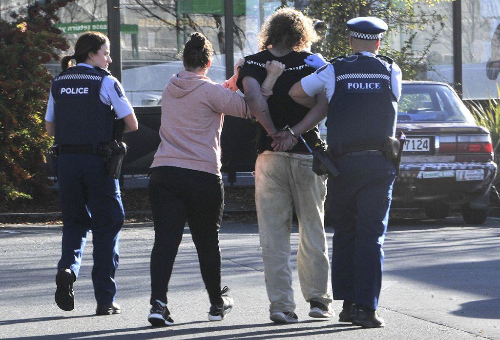 در اثر حمله چاقو در نیوزیلند چهار نفر زخمی شدند