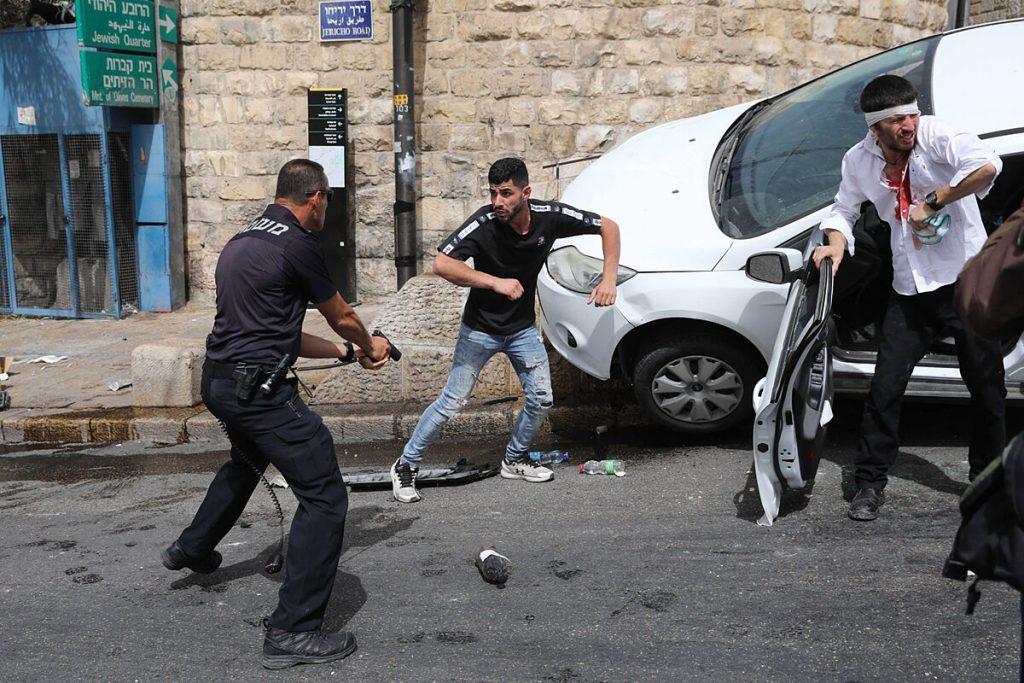 کلیدهای گرد و غبار: چرا بیت المقدس بدترین درگیری ها را در چهار سال گذشته به ثبت می رساند