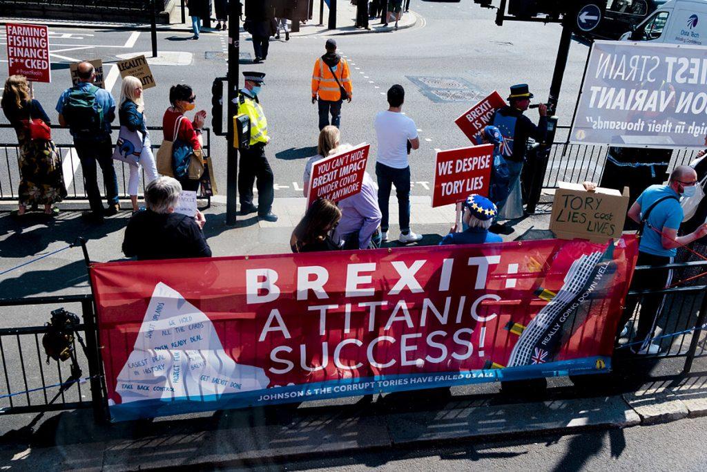 گیوتین Brexit امروز برای مهاجران اروپایی در حال سقوط است