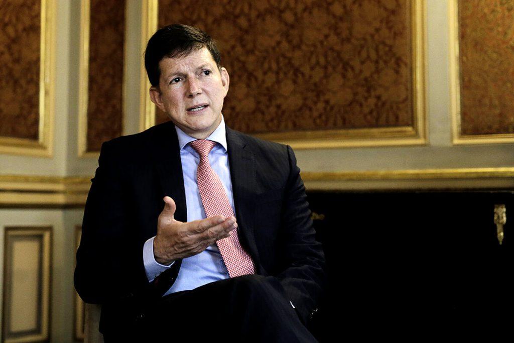 """ویلسون رویز ، وزیر دادگستری کلمبیا: """"تروریست ها در تخریب مجسمه های کلن نفوذ کرده اند"""""""