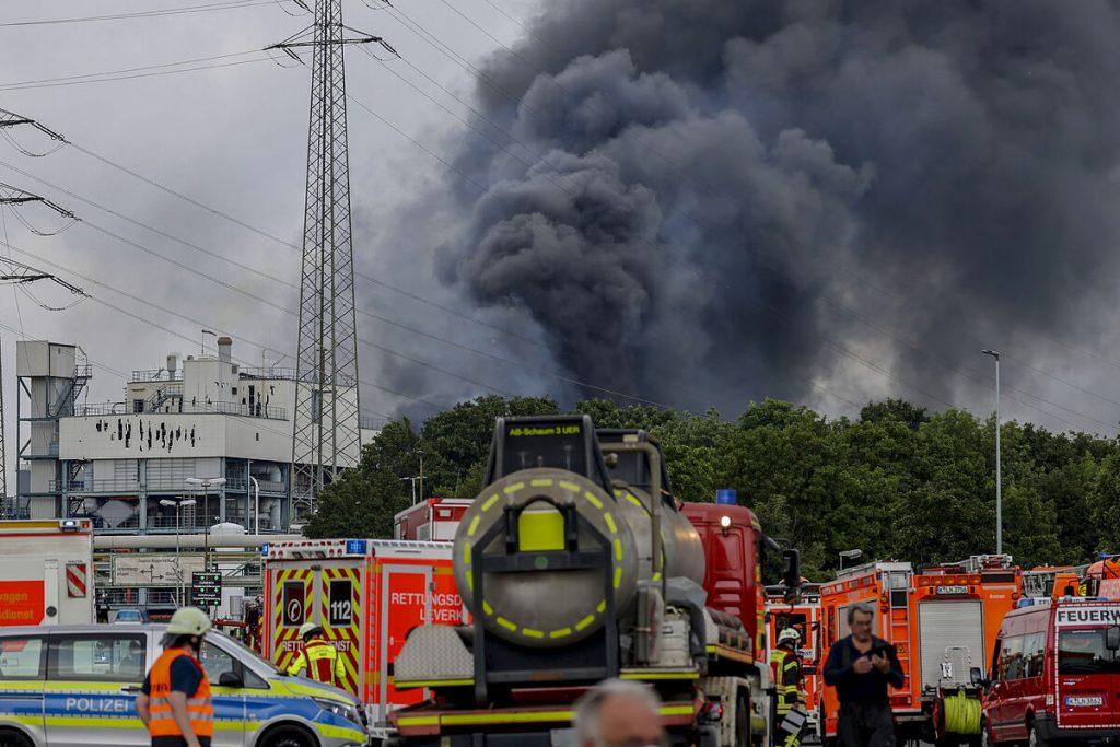 انفجار در کارخانه شیمیایی در آلمان یک کشته و چهار مفقود برجا گذاشت