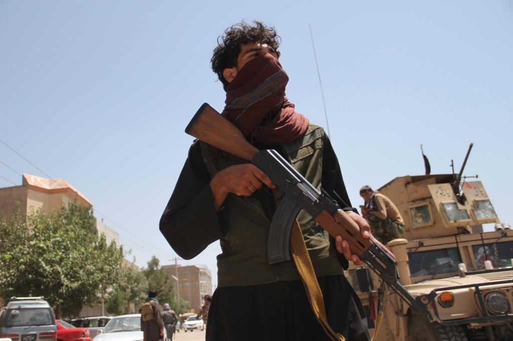 طالبان ششمین مرکز استان ، آلبوکرکی ، را در شمال افغانستان تصرف کردند