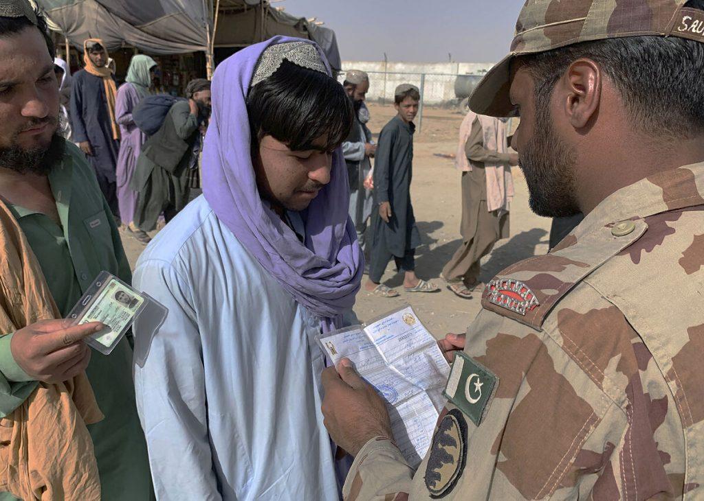 راهی مأیوس کننده برای فرار از طالبان در تمام مرزهای زمینی
