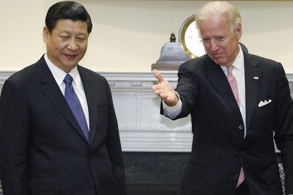 """بایدن و شی در حال گفتگو برای جلوگیری از """"درگیری"""" بین ایالات متحده و چین هستند"""