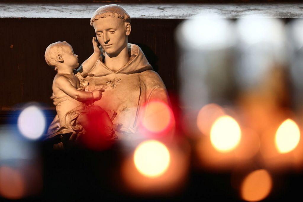 بیش از 216000 کودک قربانی خشونت جنسی در کلیسای فرانسه از سال 1950 بوده اند