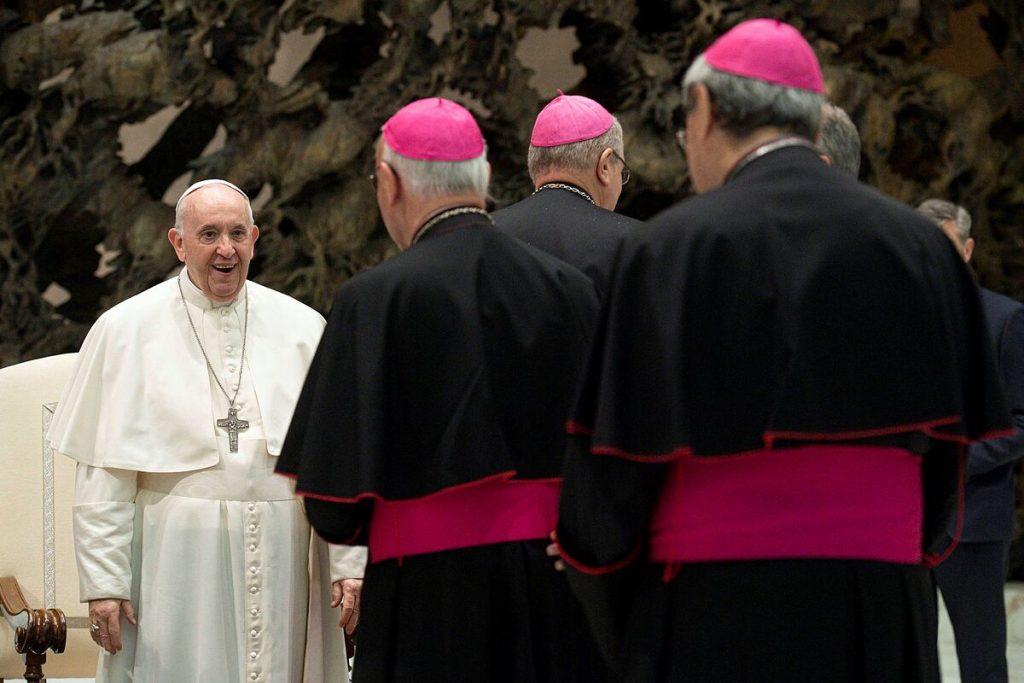 واتیکان دو کشیش متهم به سوء استفاده جنسی از یک حوزوی را تبرئه کرد